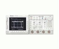 TEKTRONIX TDS540B OSCILLOSCOPE, DIGITIZING, 500 MHZ, 4 CH., 1 GS/S